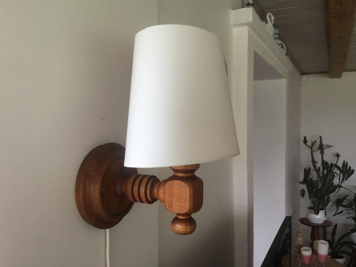 Lampe i mahogni